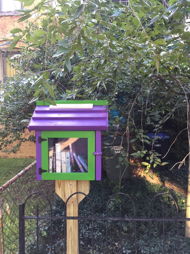 A mini library I came across on Thursday morning's run!