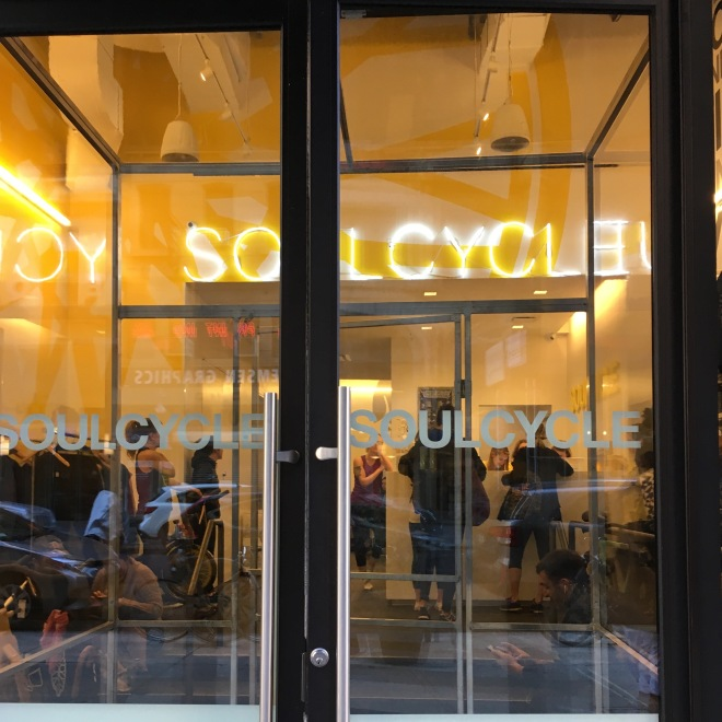 Friday and Saturday #chasethebird consisted of a lot of walking and a little resistance band work, but I snuck in my second ever SoulCycle class in Brooklyn Heights.